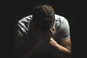 How to Cry Out to God: the 4 Steps of Lament