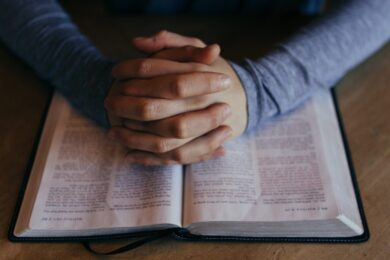 Four Steps to Holy Reading and Listening to Scripture